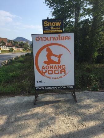 Ao Nang Yoga: Sign outside