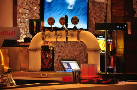 deck jardim bar niterói: & Stella Artois – Bild von Deck Jardim Bar, Niteroi – TripAdvisor