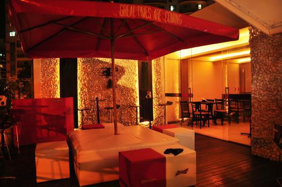 deck jardim bar niterói : deck jardim bar niterói:Espaço Deck (3º Andar): fotografía de Deck Jardim Bar, Niteroi