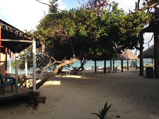 Carlito's Sunrise Paradise: Uitzicht vanaf mijn cabana