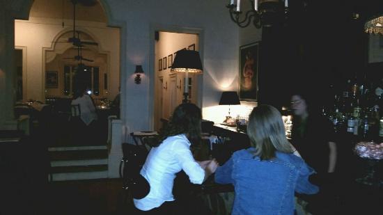 Chez Foushee : Inside view of restaurant