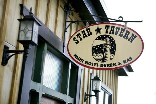 Star Tavern : Signage