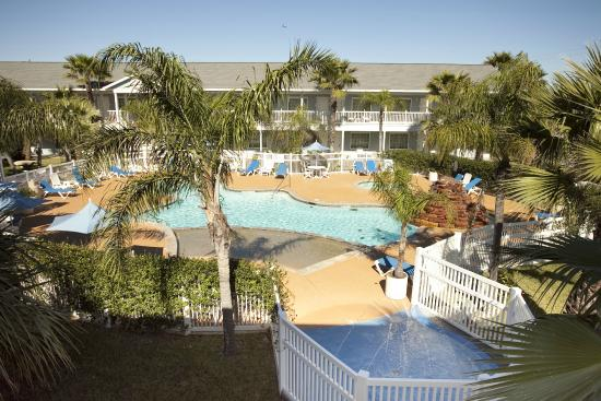Inn At Fulton Harbor: pool and kids splash pad
