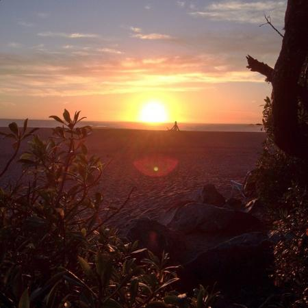 Wright's Beach: Sunset from campsite #5