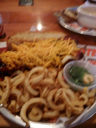 Hooters: A bit blury, I must say for a 1/2 hot dog it's not to bad. But it tastes more like sausage than