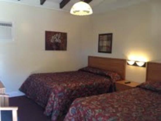 El Patio Inn: Our Family rooms