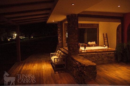 Hosteria Tunas y Cabras: Exteriores de la Suite Matrimonial