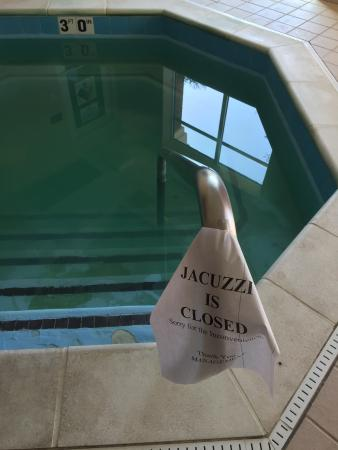 Country Inn & Suites By Carlson, Hampton: Jacuzzi