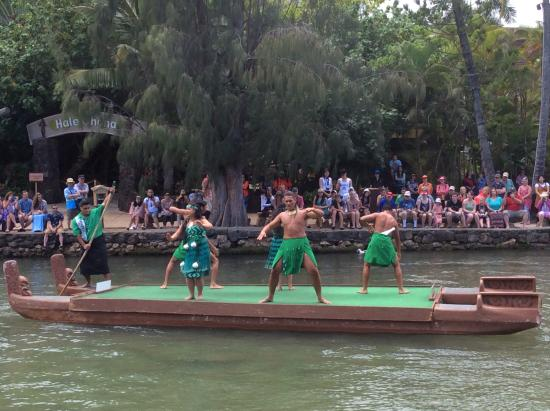 Polynesian Cultural Center: The Canoe Pagent