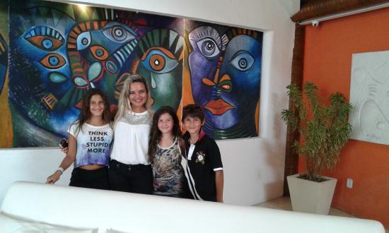 Perola Buzios Hotel: Con nuestra anfitriona estrella, Gracias Rose!