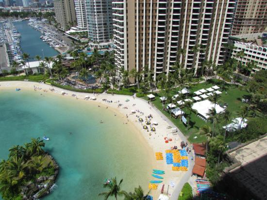 Hilton Hawaiian Village Waikiki Beach Resort Lagoon