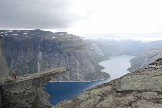 Himmelstigen to Trolltunga Day Tour: View at the Trolltunga
