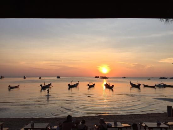 So this is the view you get from the restaurant of Wind Beach Resort...amazing sunset, right?:)
