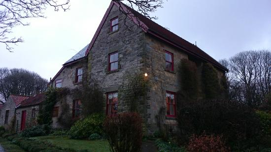 High Farm Bed and Breakfast: outside view