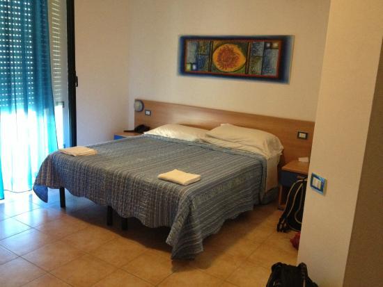 Hotel Alguer: Camera Blu