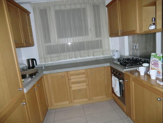 The Telegraph Suites: clean ...well appointed kitchen