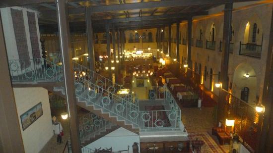 Sirehan Hotel : akşam