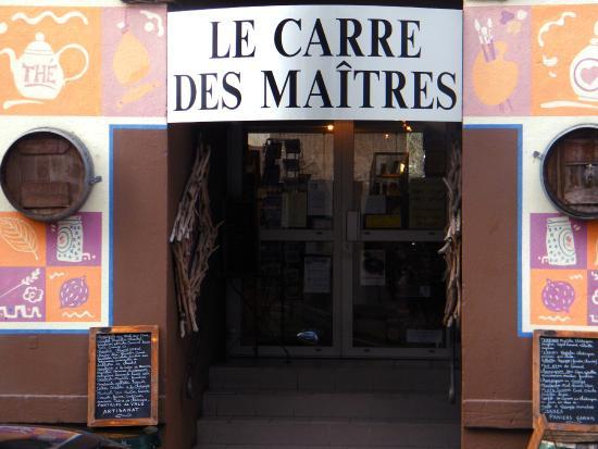 Vals-les-Bains, França: Devanture de la boutique du Carré des Maîtres