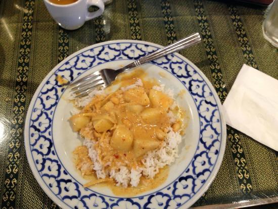 Thai Taste: Gaeneng Masalam Curry