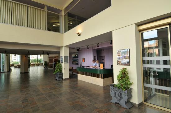 Xon's Platja Hotel: Recepción