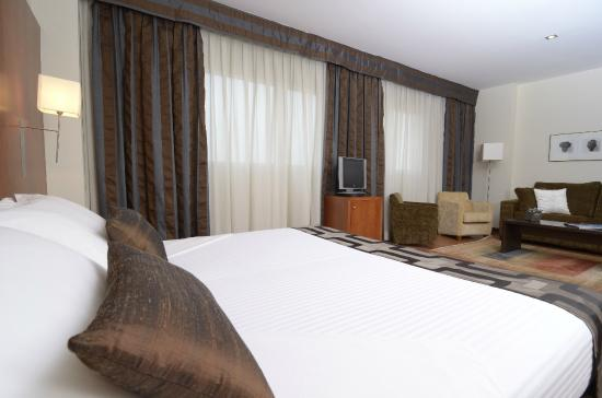 Suite - Bild von Xon\'s Valencia Hotel, Quart de Poblet - TripAdvisor