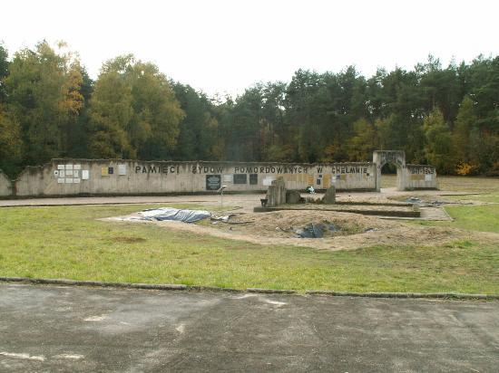 Chelmno, Poland: De muur achter in het veld
