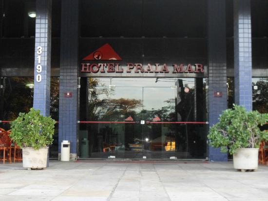 Hotel Praia Mar: entrada do hotel