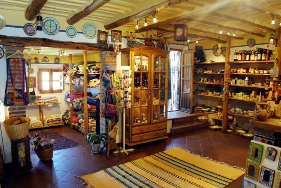 Bubion, Spanyol: Tienda del taller de Jarapas