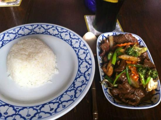 Golden Fleece: Beef and vegetables with boiled rice