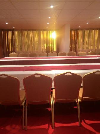 Salle Des Fêtes Mariages Barèmes Anniversaire Picture Of Hotel