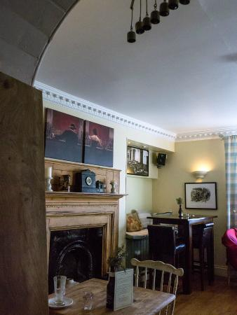 The Ilchester Arms Hotel : Top bar lounge/dining area