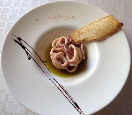 restaurant victor: Calamares salteados con ajo y perejil