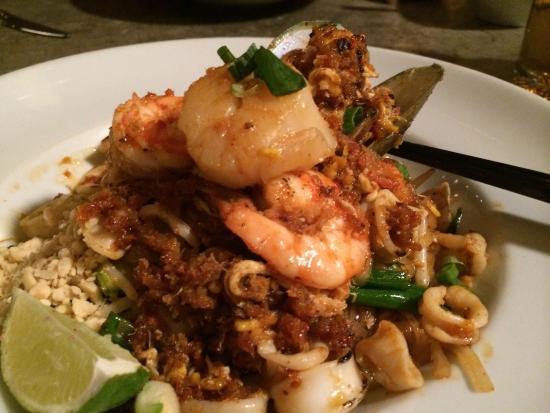 Baramee Thai Restaurant Los Angeles Menu Prices Restaurant Reviews Order Online Food Delivery Tripadvisor