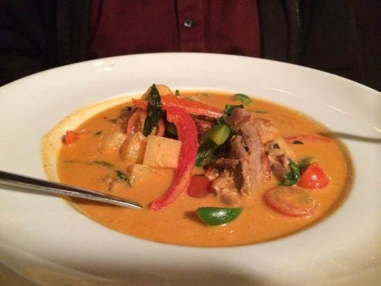 Baramee Thai Restaurant: Roast Duck Curry