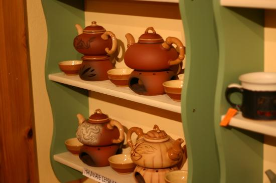 Guru Tea House: Handmade tea ceramic