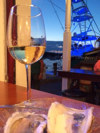 Lobsterville Grill: Our favorite aperitivo with view!!