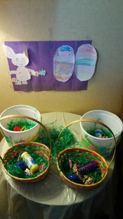 Quality Suites Tinton Falls: Easter baskets for the kiddies