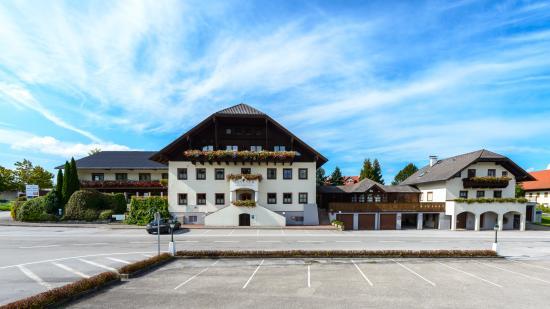 Landhotel Santner : Außenansicht vom Hotel