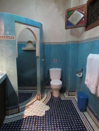 Riad Bab Agnaou & SPA: Bathroom