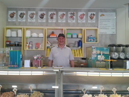 Al Buon Gelato : Alberto il gelataio