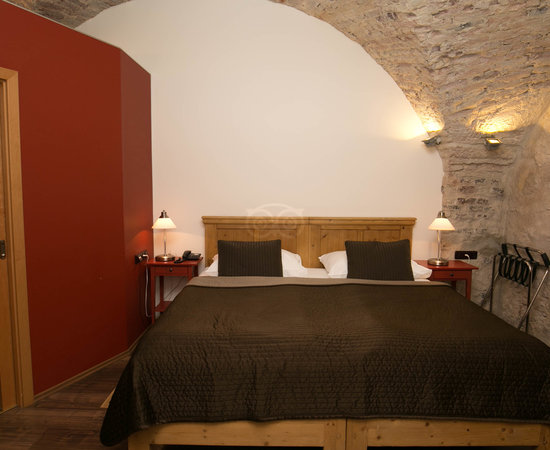 The Courtyard Double Room with Brick Ceiling at the Archibald At the Charles Bridge