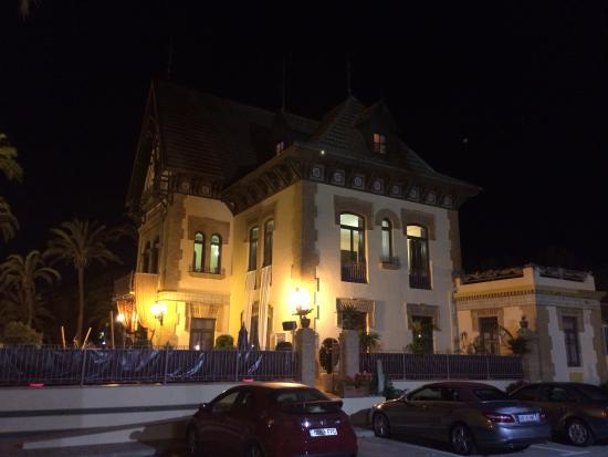 La Casa del Reloj: The Clock House