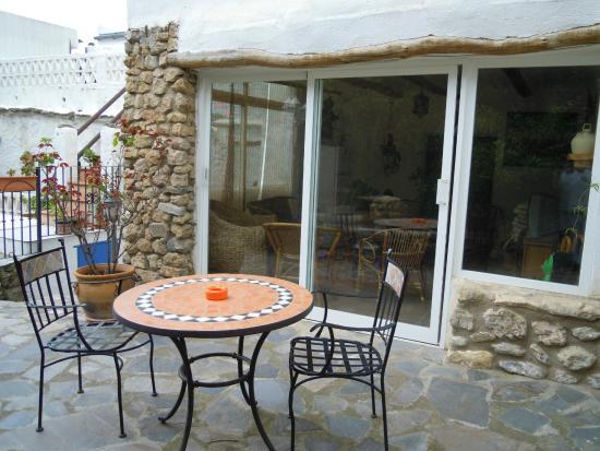Casa Jazmin: Zona de relax en la piscina
