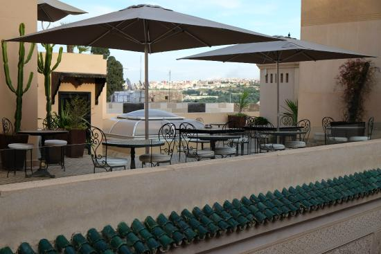Riad Fes - Relais & Chateaux: The terrace right outside our room, virtually private.