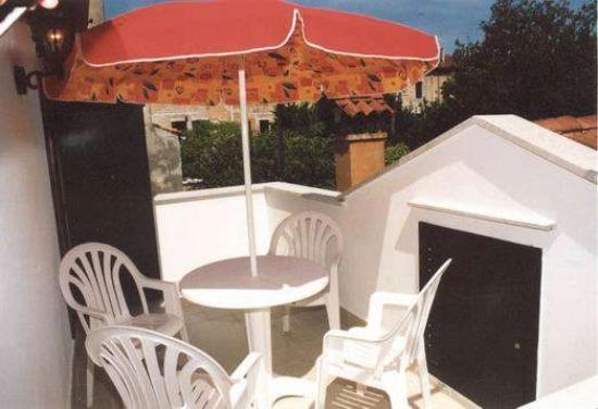 Palazzina Ca' Gioiosa : Terrazza appartamento Belvedere