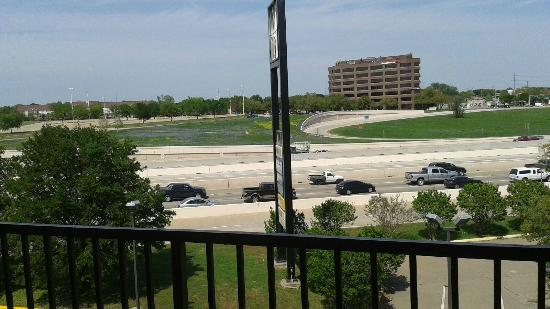 Howard Johnson Express Inn - Arlington Ballpark / Six Flags: View from King bedroom (I-30)