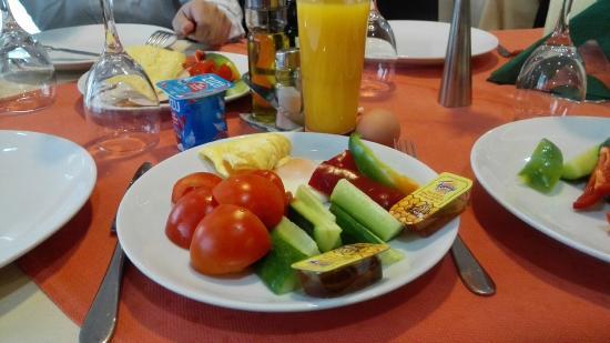Splendid Hotel: 丰盛的早餐,连中国人口味都很适合