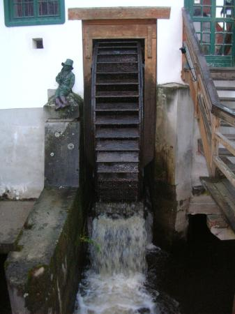Krumlov Mill: Колорит средневекового городка