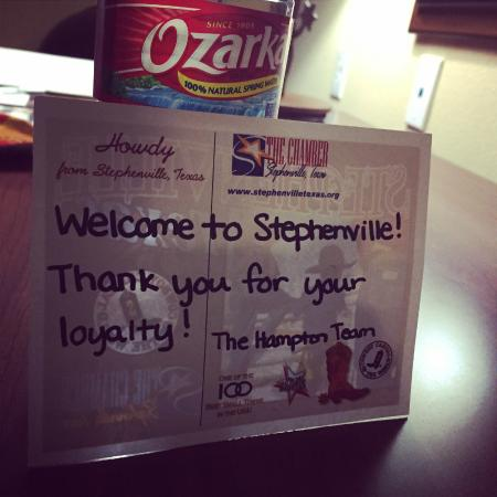 Hampton Inn & Suites Stephenville: Welcome Note & Treat