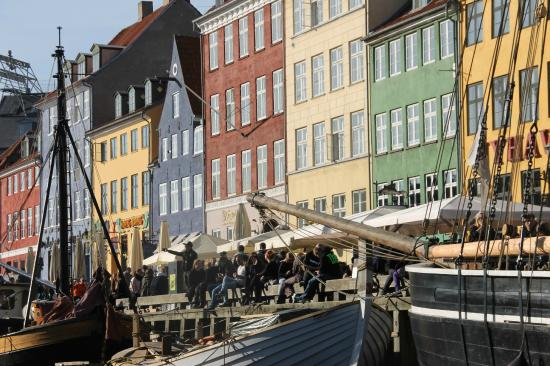 newhaven a must see in copenhagen bild von nyhavn kopenhagen tripadvisor. Black Bedroom Furniture Sets. Home Design Ideas